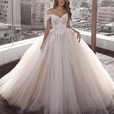 Impeccable off-the-shoulder formal weding dress