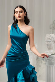 Sophisticated one-shoulder neckline gown - Amelie Baku Couture