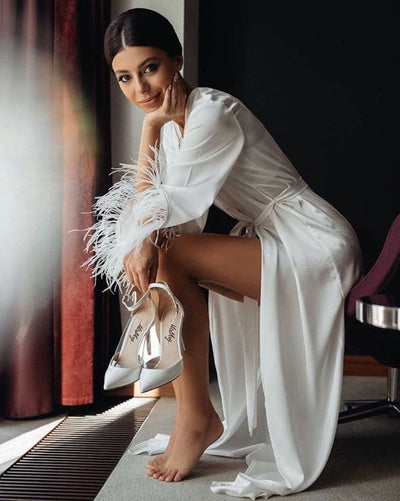 White bride robe with feathers