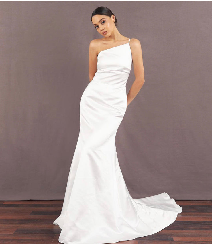 One-shoulder floor length White Dress - Amelie Baku Couture