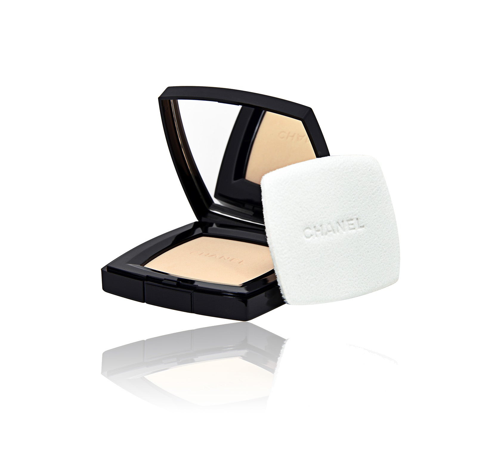 Poudre Universelle Compacte Natural Finished Pressed Powder