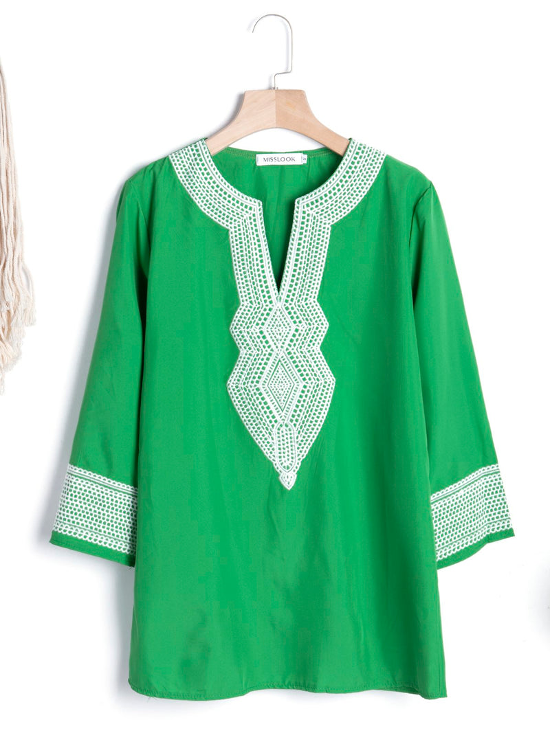 3/4 Sleeve Paneled Geometric Plus Size Blouses