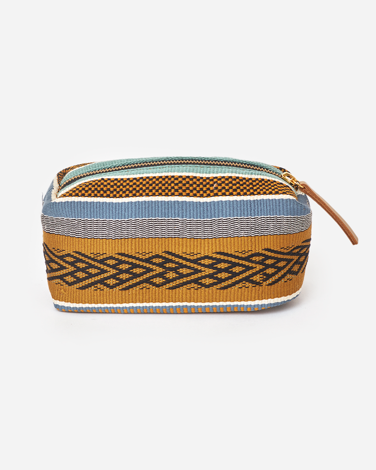 ALAYA toiletry bag