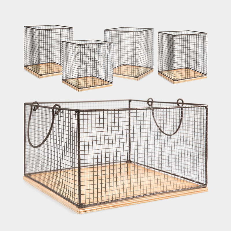 Farmhouse Chicken Wire & Wood Basket Set of 5<br>(Filler not included)