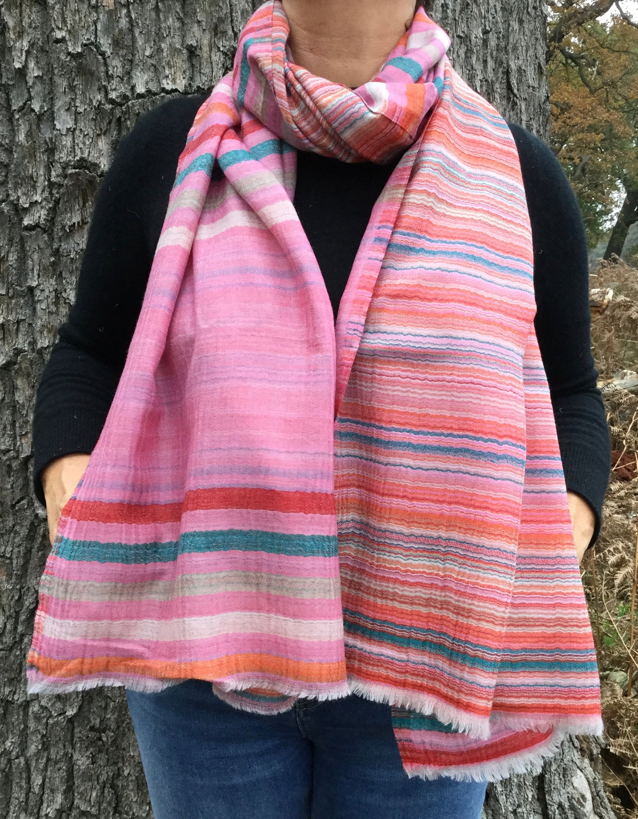 Livia - baby pink 100% Fine Wool Scarf