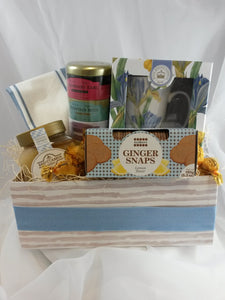 Botanical  iris  tea cup gift box