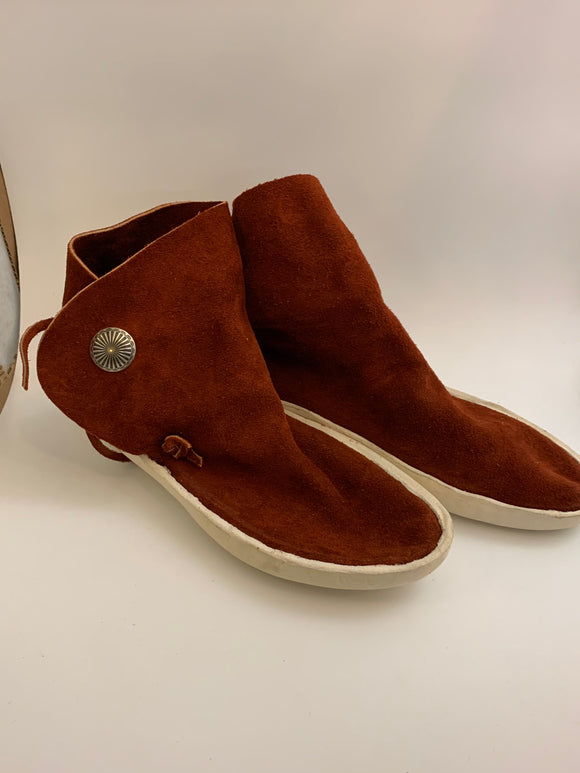 1 Button Low Cut Rust Colored Moccasins Adult