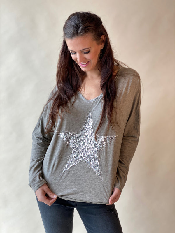 Sequin Star Fringe V-Neck Tee Mocha