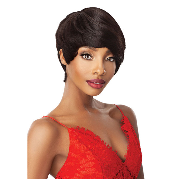 Outre Fab & Fly 100% Unprocessed Human Hair Full Wig - HH RENATA