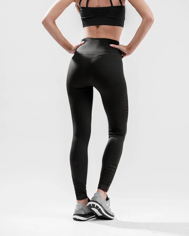HERA x HERO XO Seamless Leggings - Black