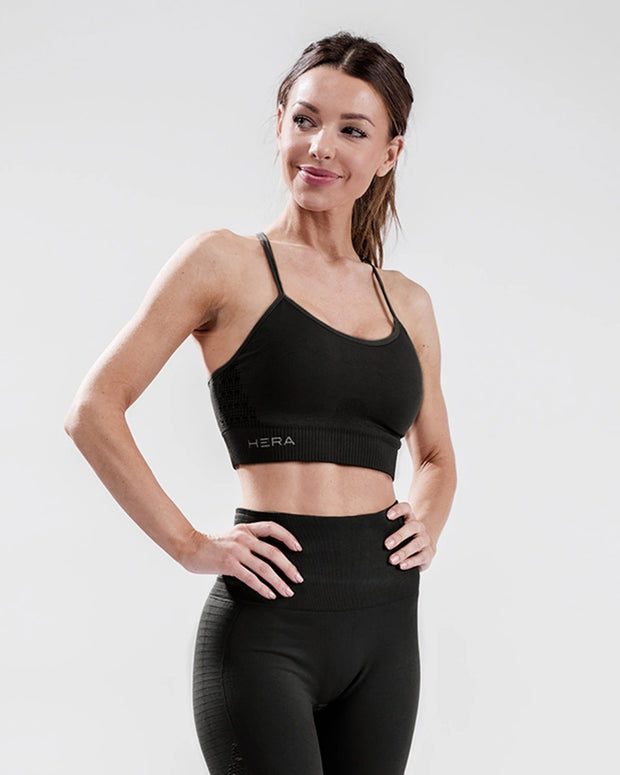 HERA x HERO XO Seamless Sports Bra - Black