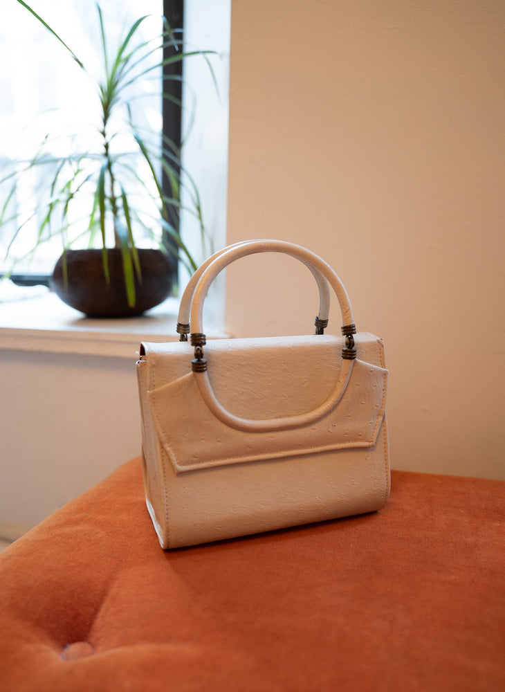 load image into gallery viewer, new amsterdam bag - ostrich white