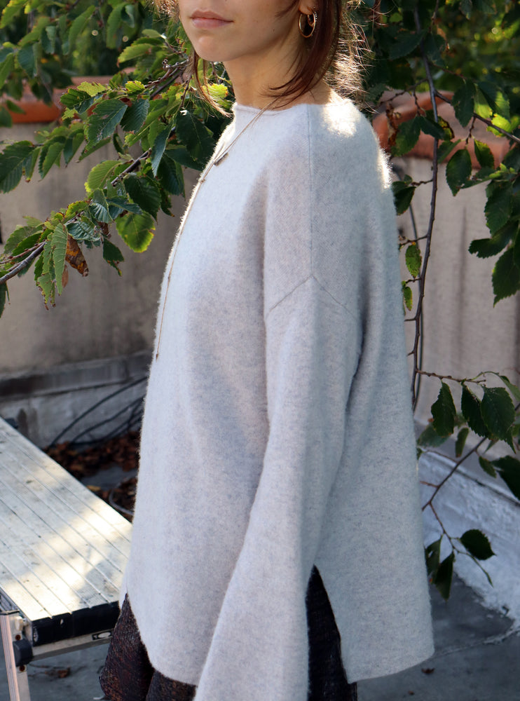 load image into gallery viewer, cashmere pullover 6