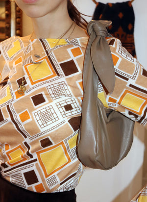 load image into gallery viewer, west village bag - soft taupe leather