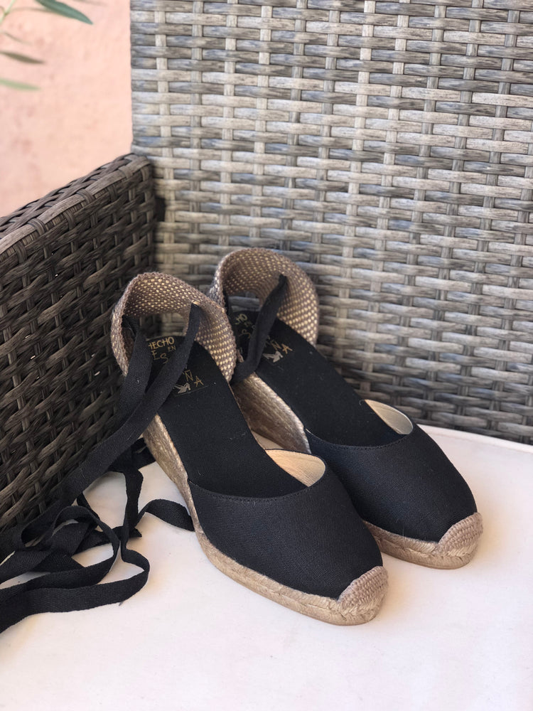 load image into gallery viewer, salamanca espadrille - black