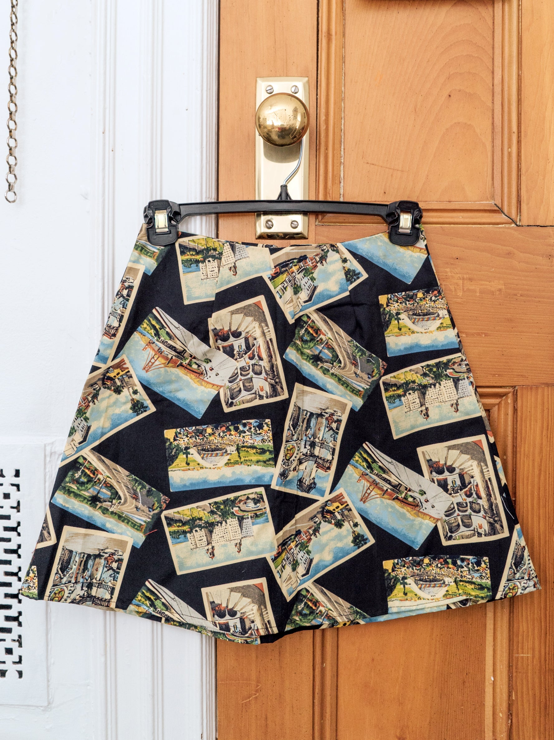 chelsea skirt - black postcard