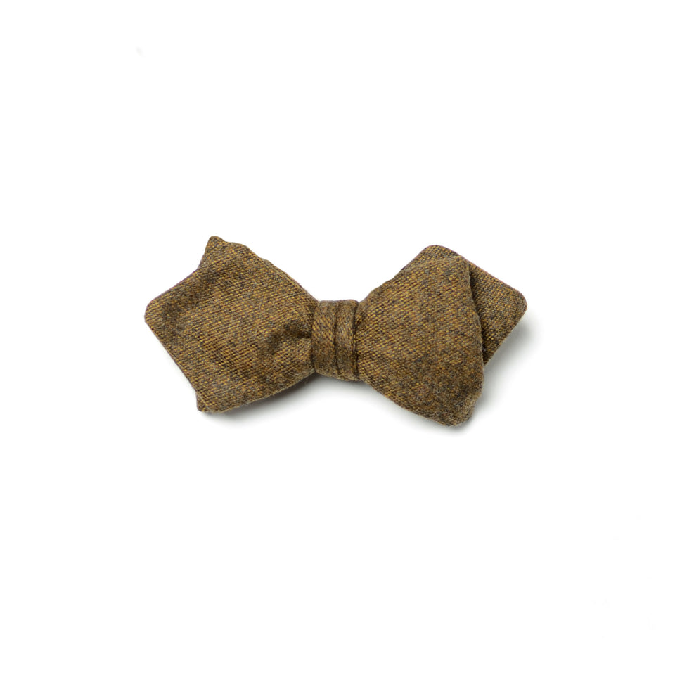 Mesmer bow tie