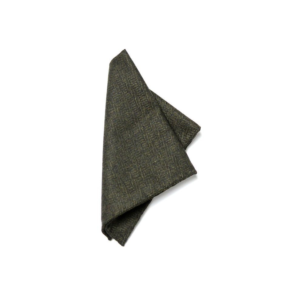 Curie pocket square