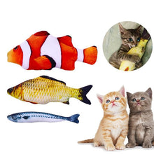 Load image into Gallery viewer, Cat Kicker Fish Toy