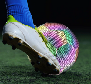 【COOL】Glowing Reflective football