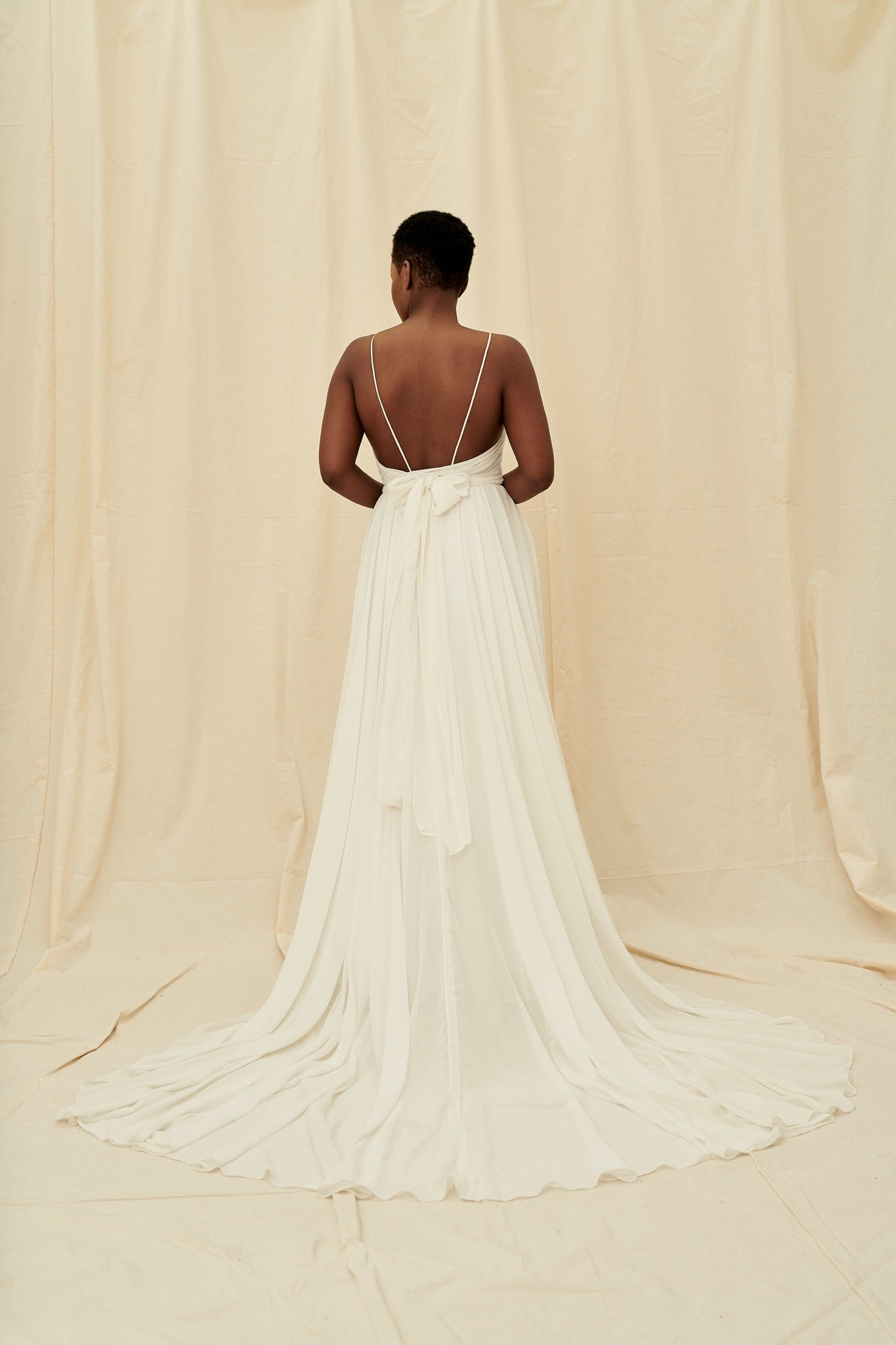 Trendy wedding dress boutiques in Vancouver and Calgary