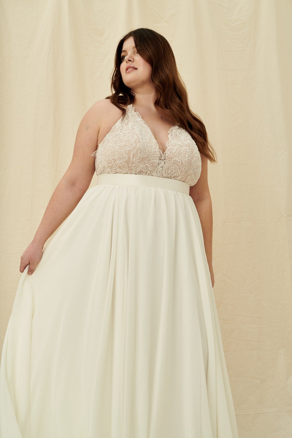 Curvy wedding dress boutiques Vancouver, Calgary