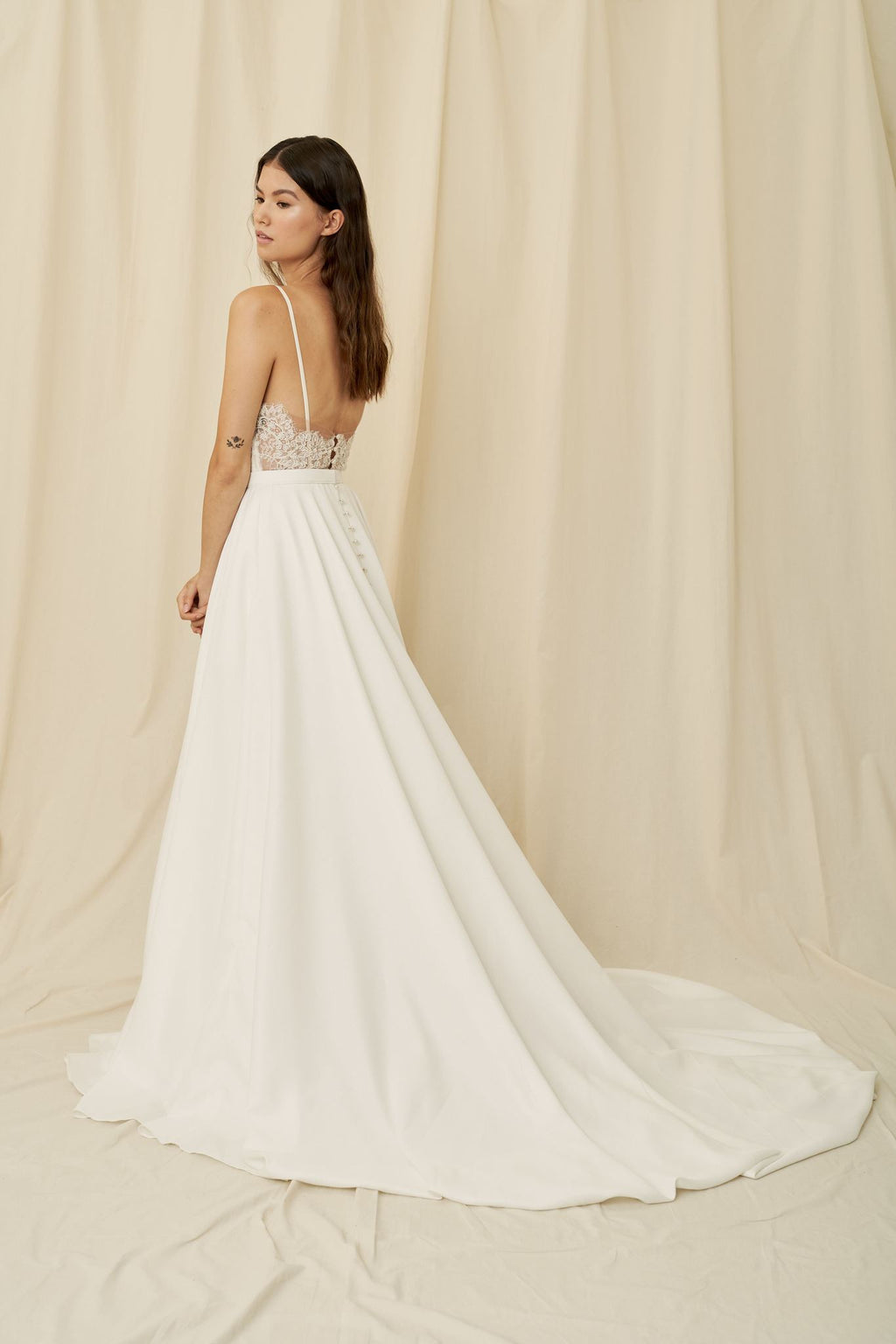 Where to buy affordable wedding dresses in Calgary and Vancouver