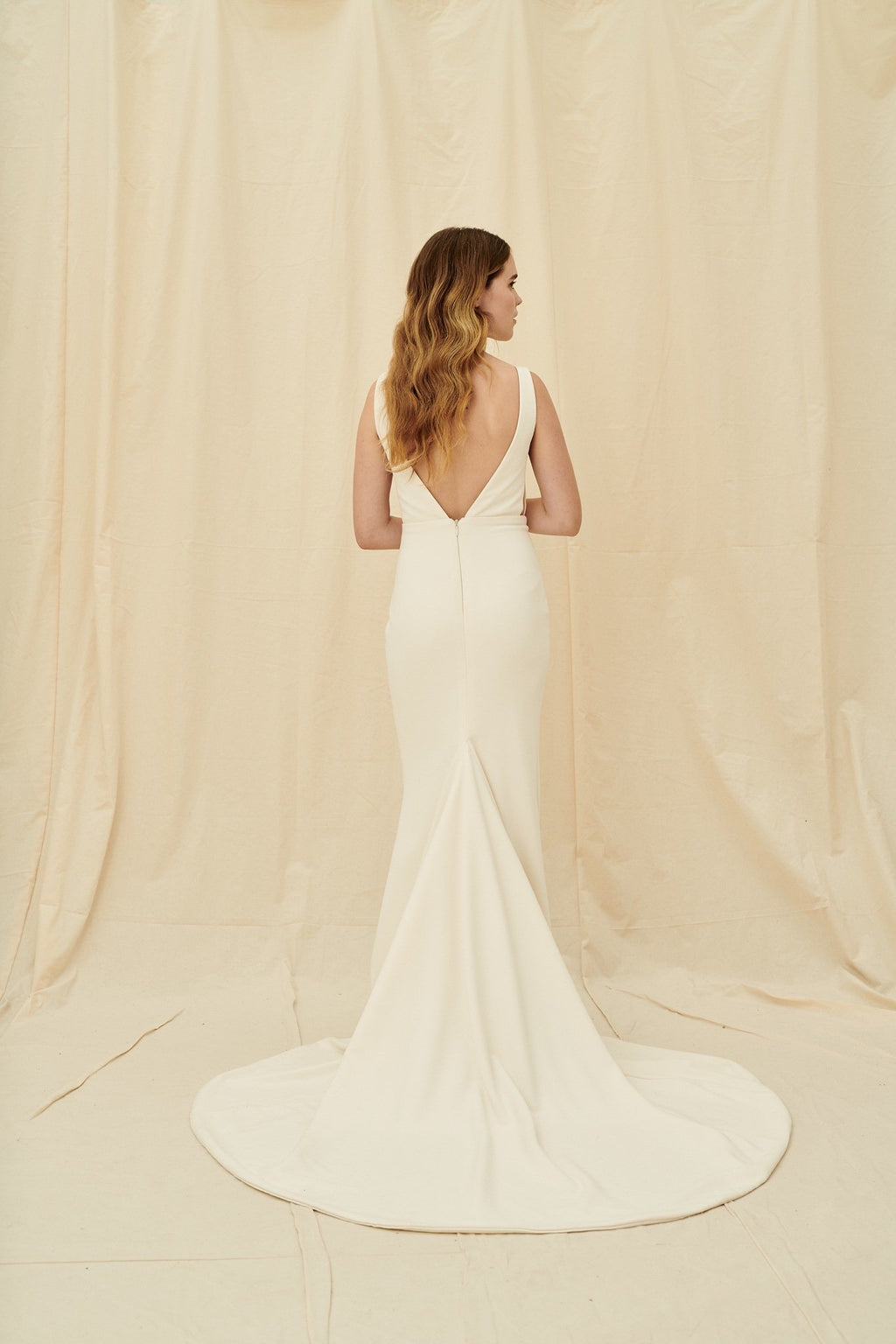 Wedding dress shops in Vancouver and Calgary