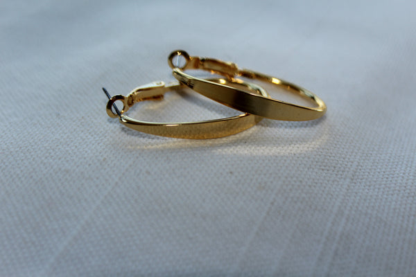 LELOOP EARRINGS