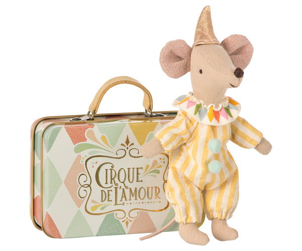 Clown, mouse in suitcase
