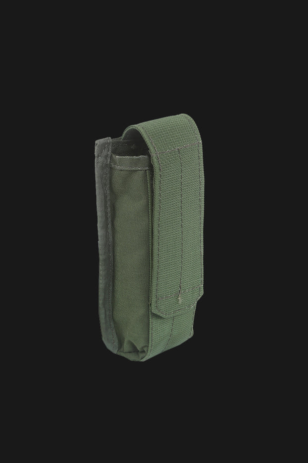 C1 M4 single mag pouch with flap closure