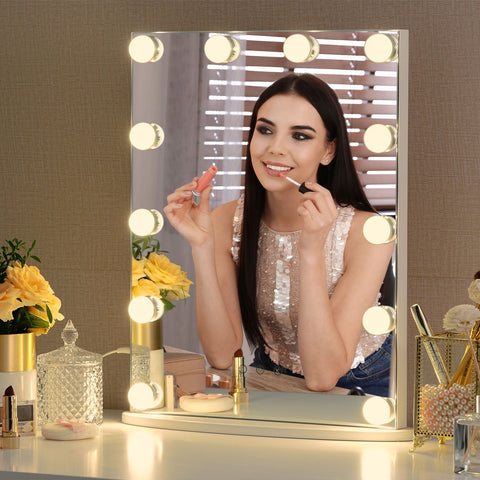Starry 7 makeup mirror with light bulbs