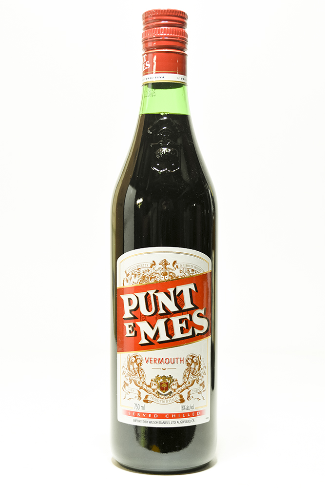 Bottle of Carpano, Punt E Mes - Flatiron Wines & Spirits - New York