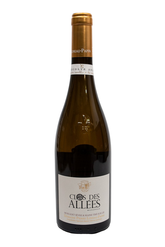 "Bottle of Domaine Luneau-Papin, Muscadet-sur-lie ""Clos des Allees"", 2018 - Flatiron Wines & Spirits - New York"