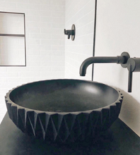 "Load image into Gallery viewer, ""VESTA BRED"" Washbasin"