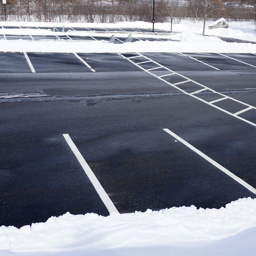 parking lot ice melter