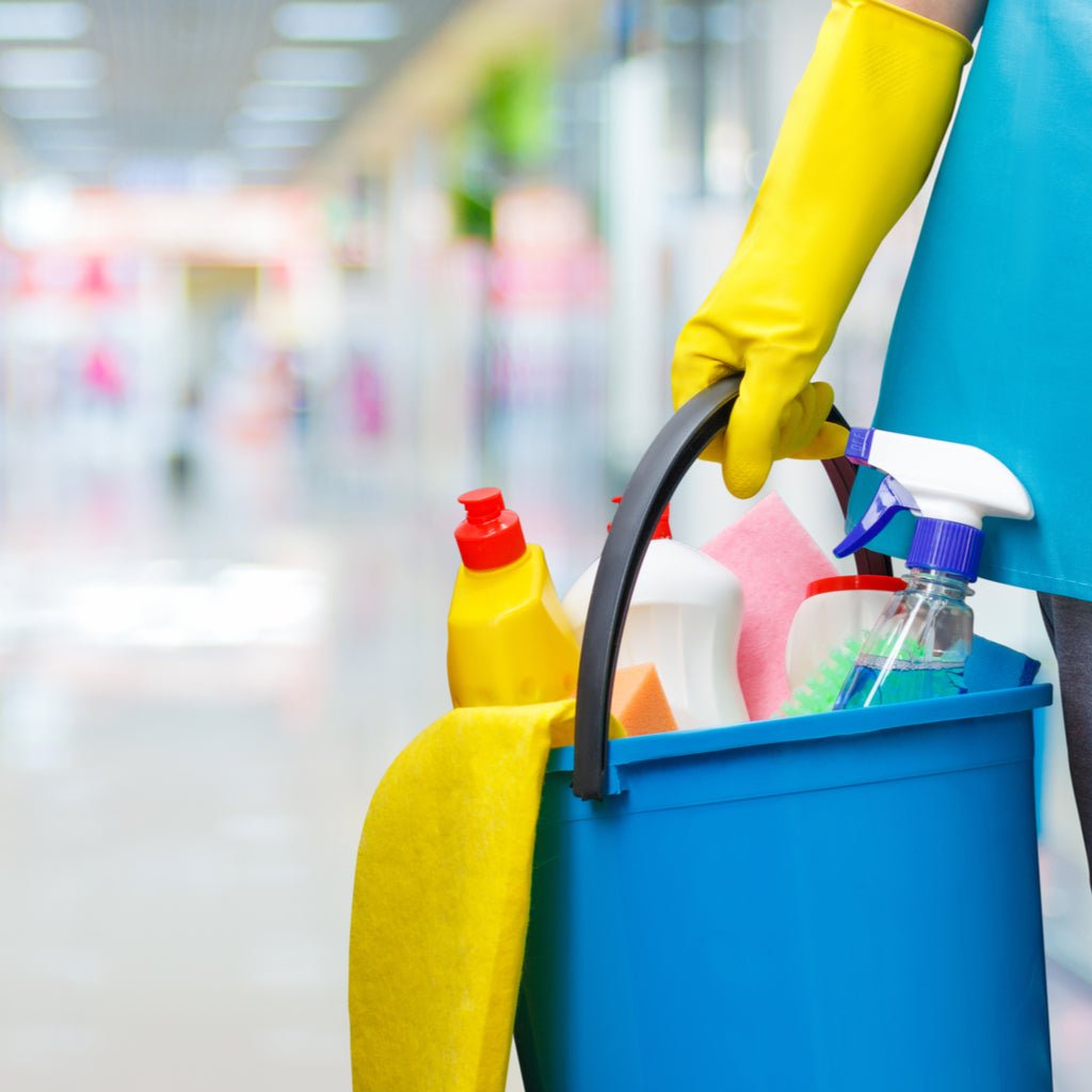 How Vinegar Can be Used in Janitorial Cleaning
