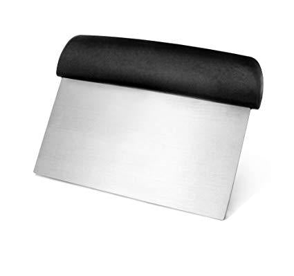 "6"" Dough Scraper/Cutter black Plastic"