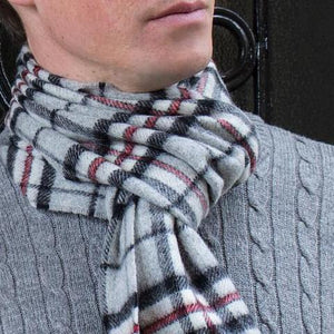 Skjerf 100% merinoull. For menn. Grey Tartan