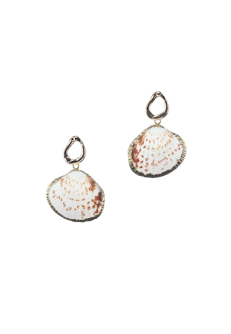 Maya Seashells Gold Studs | Antonia Y. Jewelry