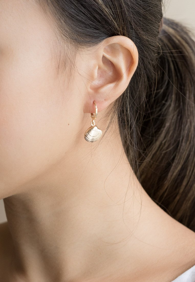 Cockle Shell Gold Hoops - Antonia Y. Jewelry