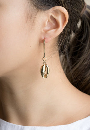 Harper Cowrie Shells Earrings | Antonia Y. Jewelry