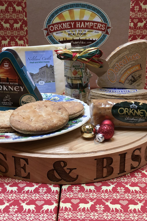 Orkney Cheese, Chutney and Savoury Box £36.95 Code 10