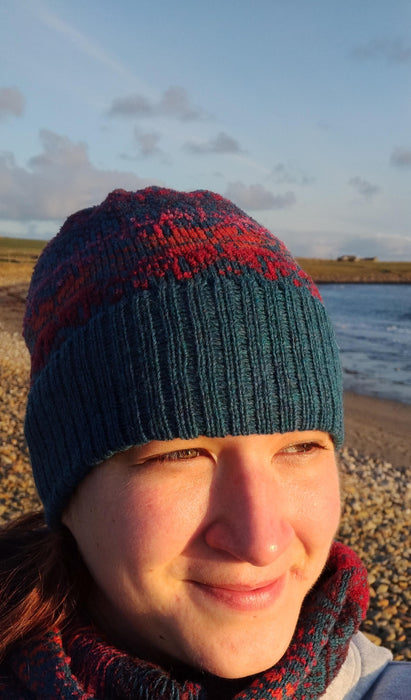 15% OFF Annie Glue North Star in Midnight Sun Fair Isle hat WAS £34.95 NOW £29.95
