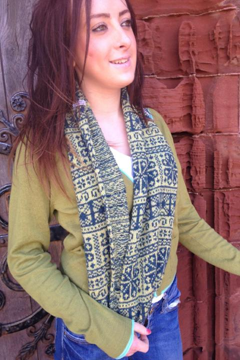 Annie Glue two colour Green Fair Isle Snood £39.95