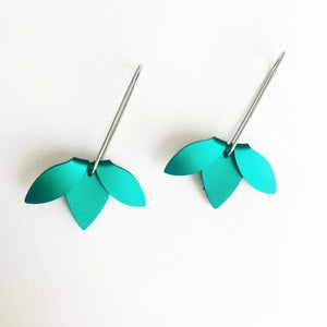 Anodized Earrings Flip Point Green