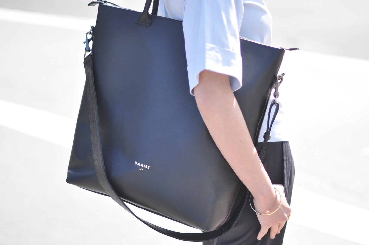 close-up of Daame leather laptop tote