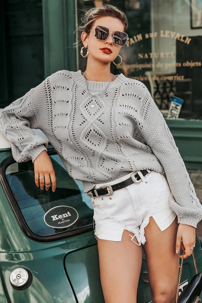 Cable Knit O-Neck Sweater