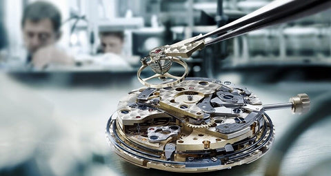 Repair your watch at Gioielleria Antonio Pezzuto's jewelry and precious metals
