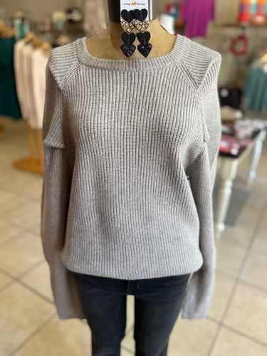 Pink tuk sweater grey